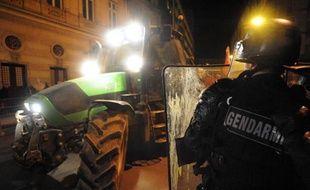 La France n'a toujours pas correctement transposé dans sa législation la loi européenne sur les nitrates et s'expose ainsi à de lourdes sanctions financières, a estimé jeudi l'avocat général de la Cour de justice de l'UE, Juliane Kokott.