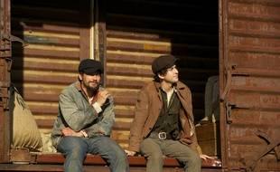 James Franco et Nat Wolff dans In dubious battle de James Franco