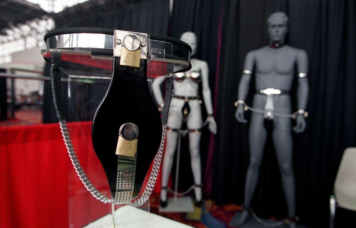 Voilà à quoi ressemble une ceinture de chasteté. –  WEBSTER/SIPA