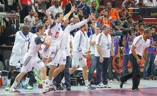 L'équipe de France laisse éclater sa joie, le 30 janvier 2014 au Qatar.