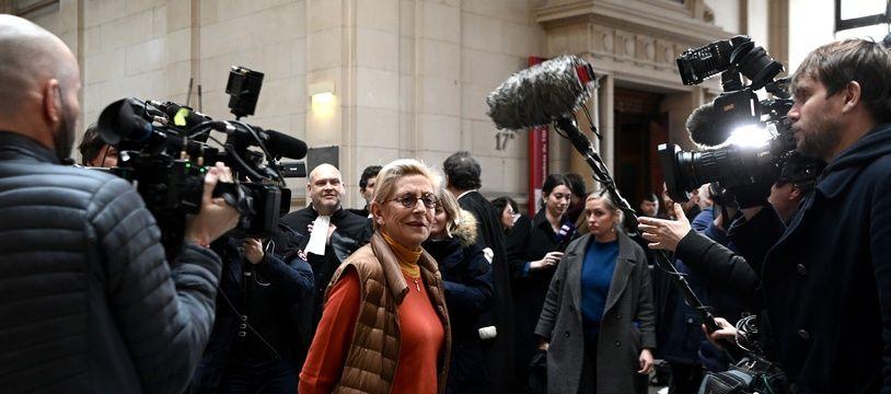 Paris, le 3 février 2020. Isabelle Balkany arrive à la cour d'appel de Paris où elle doit être jugée, avec son époux, Patrick, pour «blanchiment aggravé de fraude fiscale».