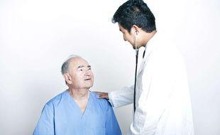 Selon le responsable de Sanofi, les visites chez le médecin seront plus efficaces grâce aux objets connectés.