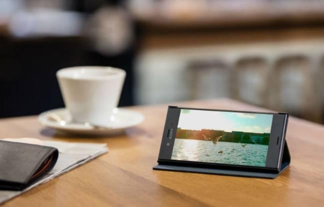 L'écran Full HD du smartphone est bien adapté pour la lecture vidéo.