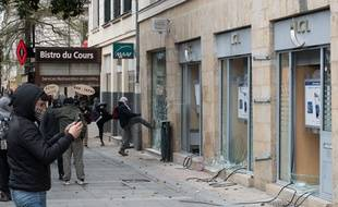 Manifestation le 5 avril à Nantes /SALOM-GOMIS_SALOM8030/Credit:SEBASTIEN SALOM-GOMIS/SIPA/1604060815