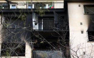 """Un """"feu de matelas"""" est à l'origine de l'incendie survenu dans un immeuble d'habitation mercredi matin dans le XIIIe arrondissement parisien, qui a causé la mort d'une deuxième victime, a-t-on appris auprès de la mairie et des pompiers."""