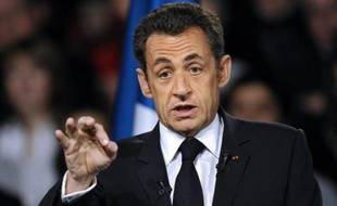 Pôle emploi va recruter 1.840 agents supplémentaires pour faire face à l'alourdissement des tâches provoqué par la forte remontée du chômage ces derniers mois, a annoncé Nicolas Sarkozy mardi lors d'un déplacement à Châtellerault.