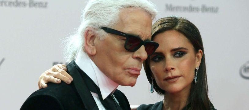 Karl Lagerfeld et Victoria Beckham aux Bambi Awards, à Berlin (Allemagne) en 2013.