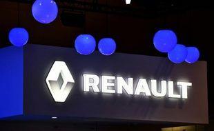 Le logo de Renault au Tokyo Motor Show le 28 octobre 2015