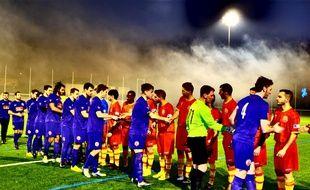 L'équipe d'Occitanie (en rouge) lors d'un match amical remporté face à l'Ile de Man (5-1), le 30 décembre 2014 à Toulouse.