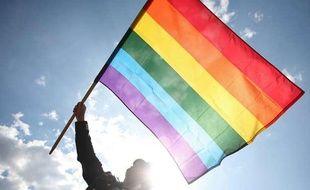 Le drapeau arc-en-ciel, symbole de la communauté homosexuelle.