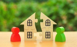 Lors de la liquidation de leur patrimoine, les époux divorcés doivent s'acquitter d'une taxe particulièrement onéreuse.