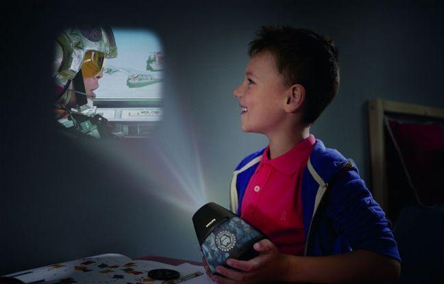 Philips et sa lampe Star Wars se projette dans la galaxie.