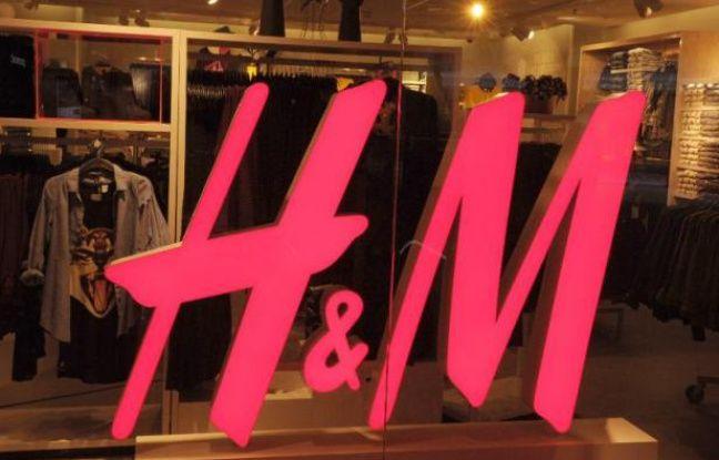 H&m Retire un T-shirt Portant