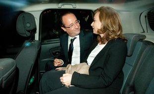 François Hollande et Valérie Trierweiler quittent Tulle pour rejoindre Paris le 6 mai 2012.