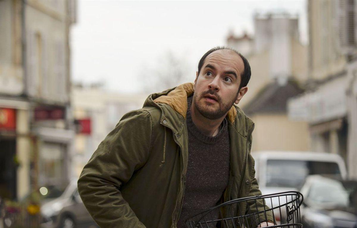 Kyan Khojandi dans Rosalie Blum de Julien Rappeneau – SND