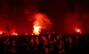 Ambiance de feu place de la Comédie à Montpellier, le 20 mai 2012