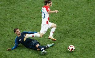 Griezmann vs Modric