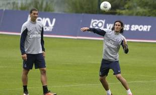 Edinson Cavani à l'entraînement avec Zlatan Ibrahimovic, le 7 août 2013.