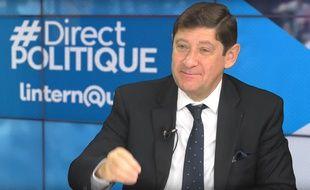 Le ministre de la Ville, de la Jeunesse et des Sports Patrick Kanner, le 10 novembre 2015 sur le plateau de l'émission «Direct Politique» de 20 Minutes, L'Internaute et Ouest-France, à Paris.