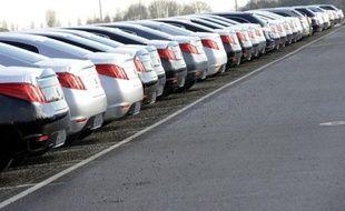 Des voitures du groupe PSA Peugeot-Citroën, le 17 février 2011 à Rennes