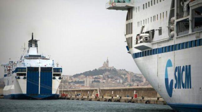 Des navires de la SNCM dans le port de Marseille dans le sud de la France, le 4 juillet 2014 – Bertrand Langlois AFP