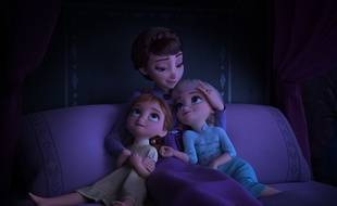 « La Reine des neiges 2 » revient sur l'enfance des sœurs Anna et Elsa.