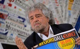 Le leader du mouvement M5S Beppe Grillo lors d'une conférence de presse à Rome, le 18 décembre 2014