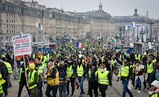 Des manifestants en gilet jaune à Bordeaux, le 29 décembre 2018.