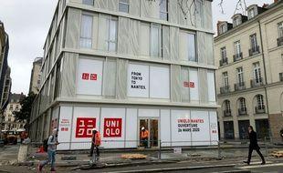 Le magasin Uniqlo, construit à l'emplacement de l'ancien square Fleuriot, à Nantes.