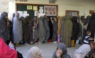 La participation aux élections législatives pakistanaises était d'environ 30% à la mi-journée, a indiqué la commission électorale, qui s'attend à un taux de près de 60% à la fermeture des bureaux de vote.