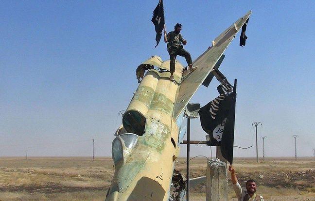 648x415 combattants daesh syrie illustration