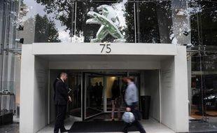 Le siège social de PSA Peugeot Citroën à Paris le 12 juillet 2012.