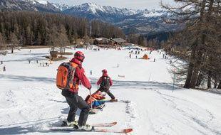 Des pisteurs de la station du Pra Loup, dans les Alpes-de-Haute-Provence