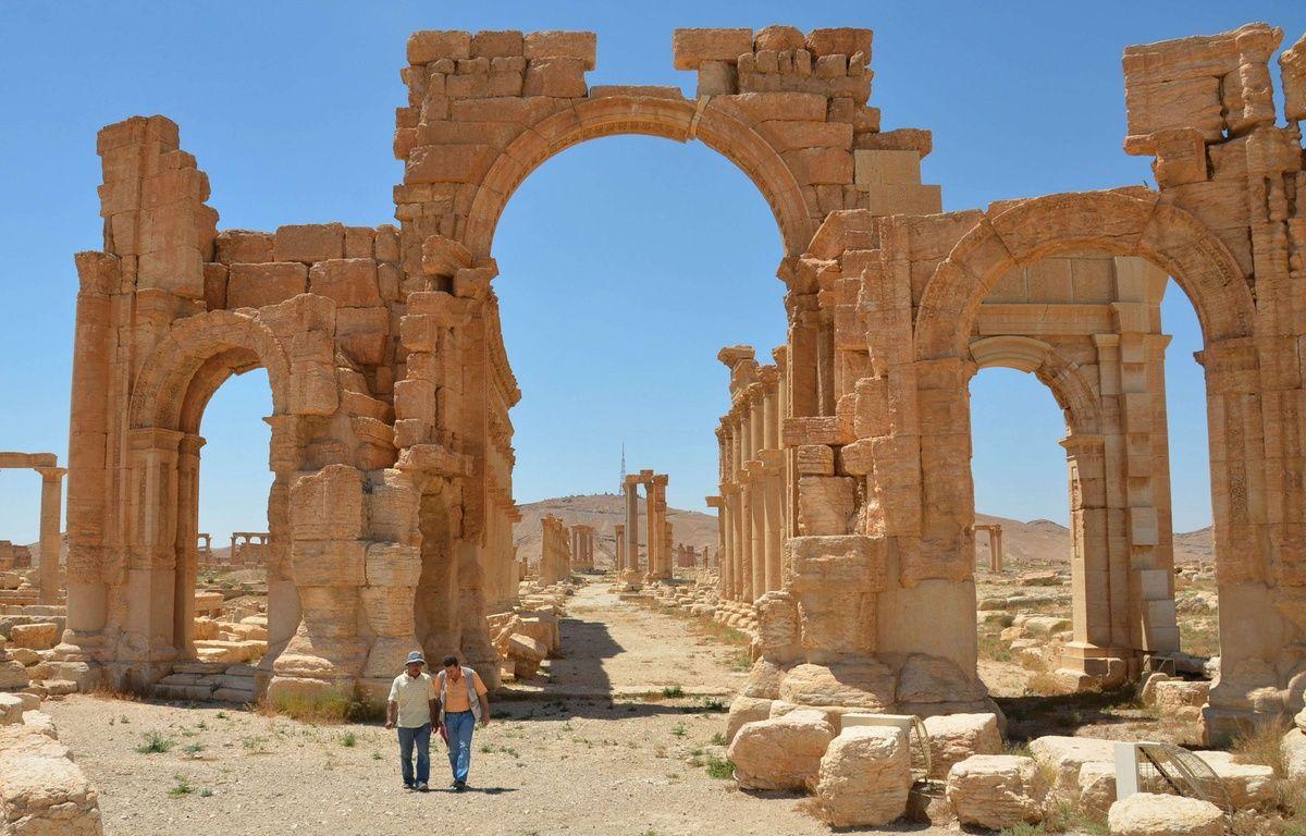 L'arche du temple de Palmyre, en Syrie, photographié en juillet 2014, avant que les djihadistes de l'Etat islamique ne le détruise. –  /NEWSCOM/SIPA