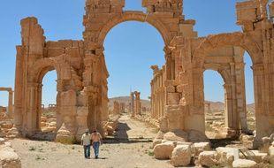 L'arche du temple de Palmyre, en Syrie, photographié en juillet 2014, avant que les djihadistes de l'Etat islamique ne le détruise.