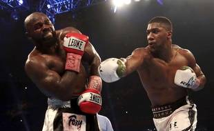 Anthony Joshua, contre Carlos Takam
