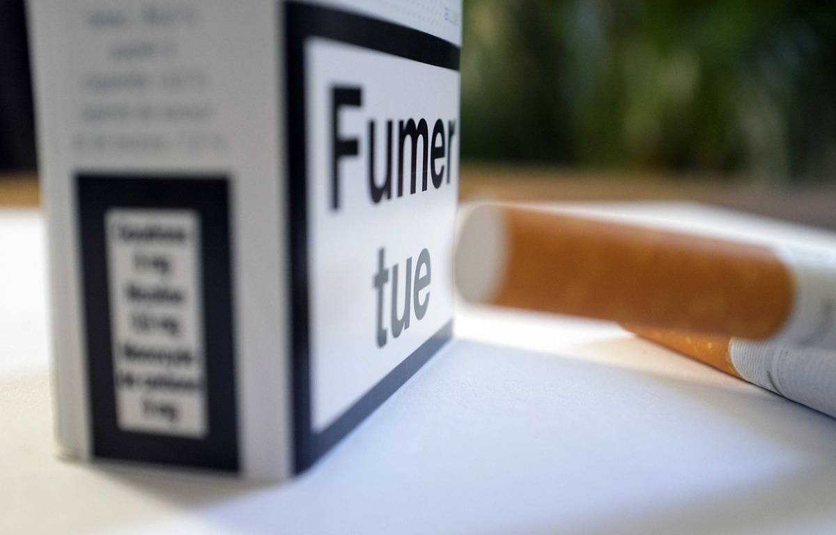 Illustration: des cigarettes et un paquet. – LODI FRANCK/SIPA