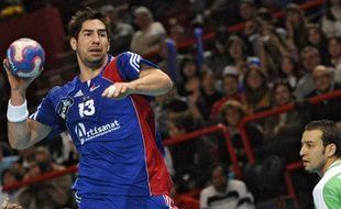 Le handballeur français Nikola Karabatic, lors du match amical France - Algérie, le 10 janvier 2008 à Paris.