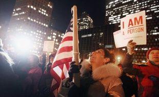 Deux mois après l'expulsion de son campement à New York, Occupy Wall Street, qui avait lancé en septembre dernier aux Etats-Unis la contestation contre le capitalisme débridé, peine à traverser l'hiver, comptant ses deniers et ses soutiens, mais veut croire à un rebond au printemps.