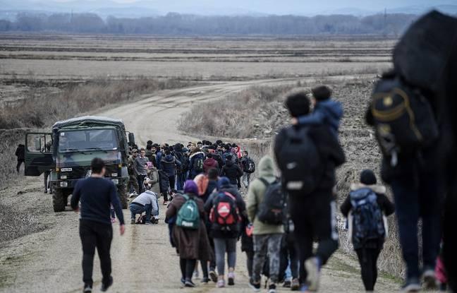 648x415 refugies afghans marchent long frontiere entre turquie grece 28 fevrier 2020