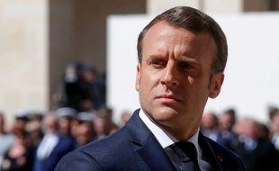 Le président français Emmanuel Macron lors de l'hommage rendu à Cédric de Pierrepont et Alain Bertoncello, tués alors qu'ils libéraient des otages français au Burkina Faso, le 14 mai 2019.