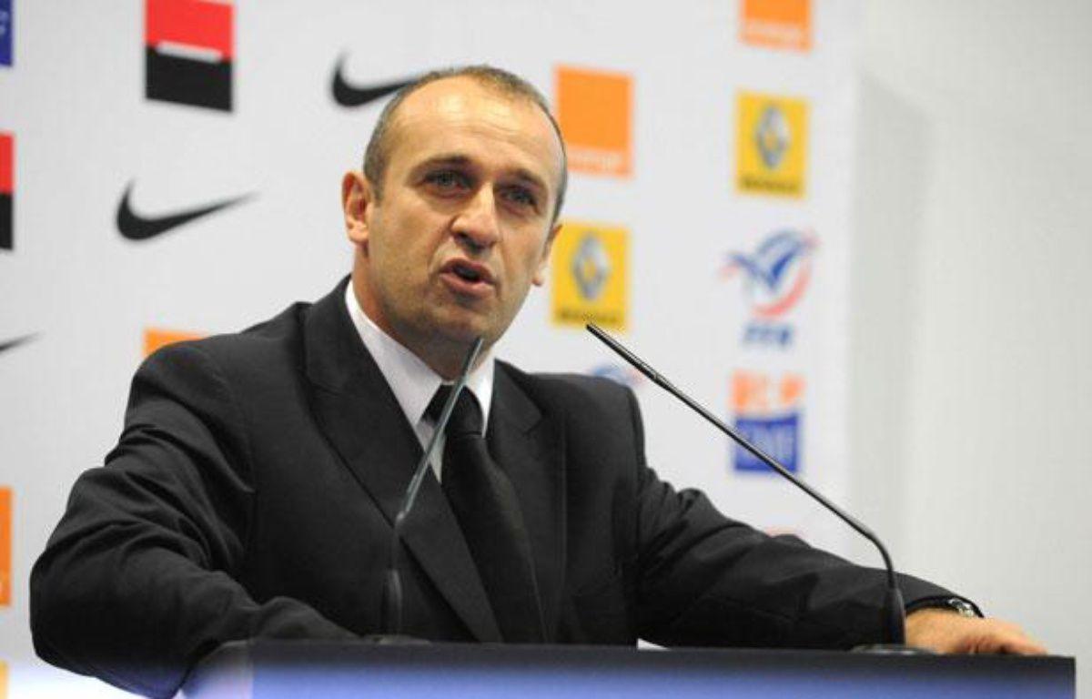 Philippe Saint-André, le sélectionneur de l'équipe de France de rugby, le 9 décembre 2011, à Marcoussis. – DURAND FLORENCE/SIPA