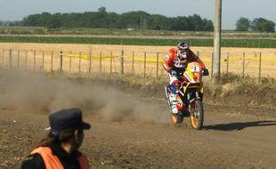 Le pilote espagnol Marc Coma, vainqueur de la première étape moto du Dakar le 3 janvier 2009.
