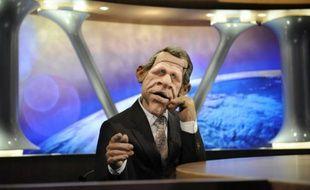 """La marionnette """"PPD"""" sur le plateau de l'émission satirique """"Les Guignols de l'info"""", en 2009"""