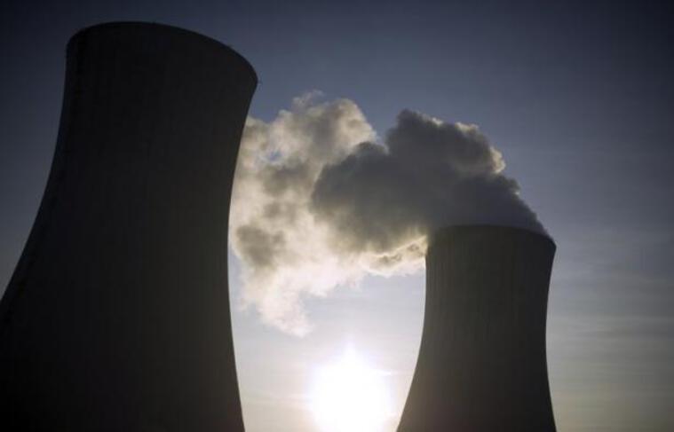 Une anomalie lors du transport d'un cylindre contenant de l'uranium destiné à être enrichi a entraîné un incident de niveau 1 (sur une échelle de 7) sur le site nucléaire Areva du Tricastin dans la Drôme, sans conséquence sur le personnel et l'environnement, a annoncé jeudi Areva.