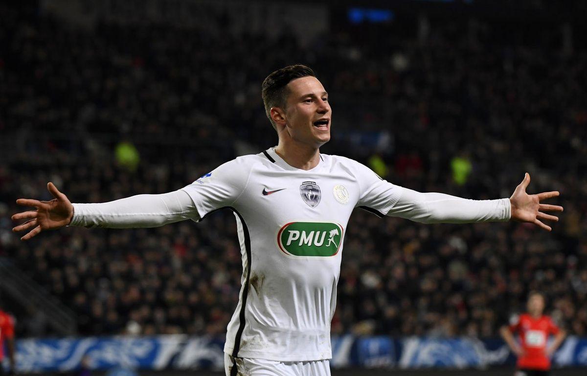 Draxler fête son but lors de Rennes-PSG le 1er février 2017. – DAMIEN MEYER / AFP