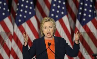 """A quelques jours de la fin des primaires, Hillary Clinton a prononcé un discours au vitriol contre Donald Trump, qu'elle considère """"pas apte"""" à assurer la fonction de président."""
