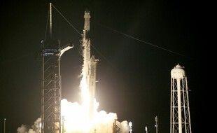 Tout se déroule bien pour la première mission spatiale sans aucun astronaute