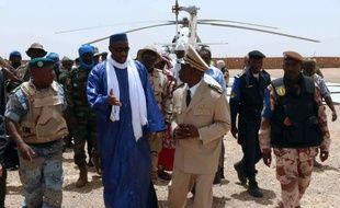 Le Premier ministre malien Moussa Mara après son arrivée à Kidal, dans le nord-est du pays, le 17 mai 2014.