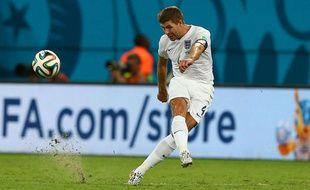 Steven Gerrard lors du match entre l'Italie et l'Angleterre le 14 juin 2014.